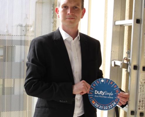 Portrait von Alexander Stolar, Co-Gründer von DutySimple